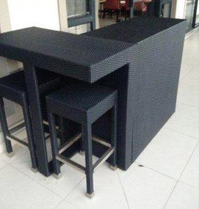 Mundos bar tables and stools.