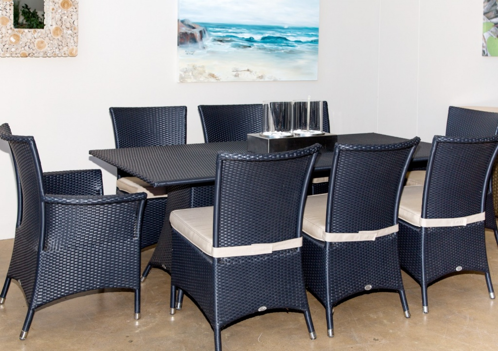 Ashanti dinning table and Kariba dinning chairs