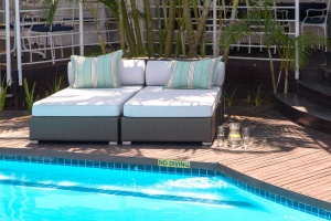 All weather outdoor aluminium framed day bed.
