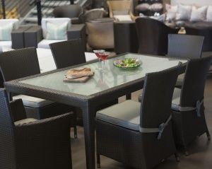 Malindi six seater dining table with toughened glass inlay